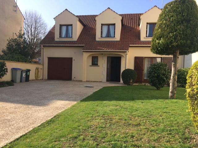 Vente franconville maison 6 pi ces144m for Garage de la piscine franconville